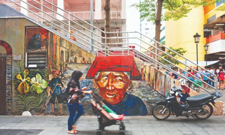 Photo of 从背面看 新加坡街头壁画(二)